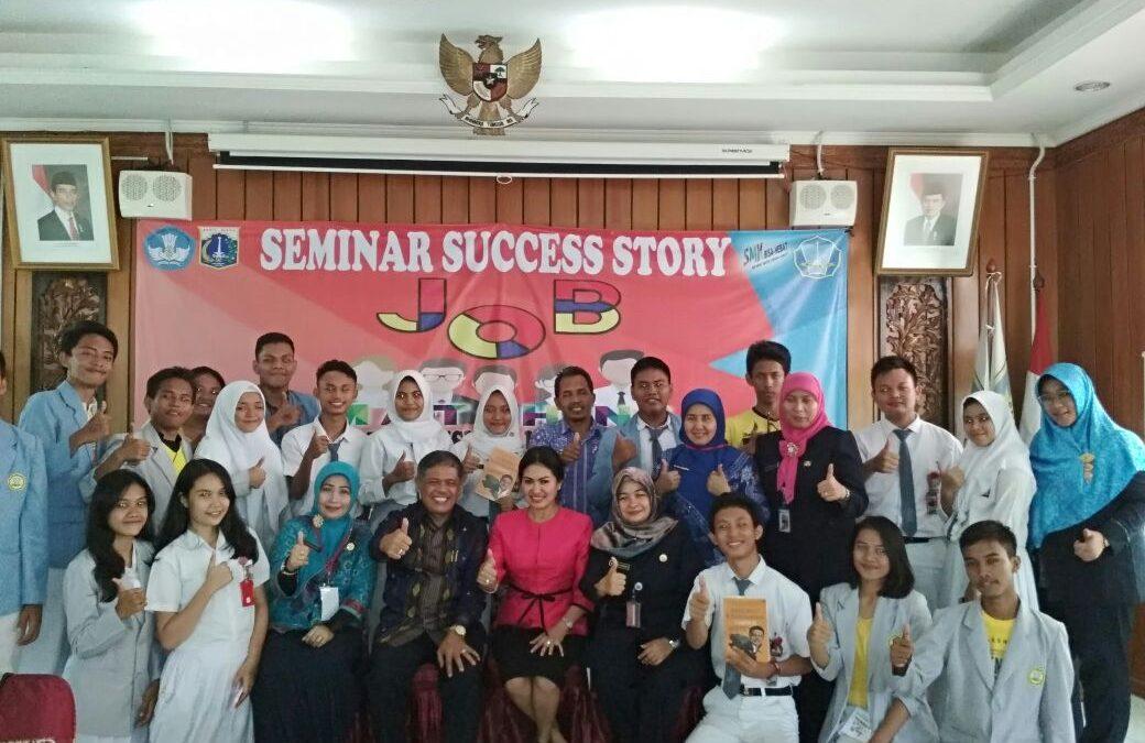 Seminar SMK 14, Darwis Manalu: Sukses Itu Bukan Takdir, tapi Pilihan